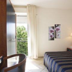 Отель Residence Mimosa Римини комната для гостей фото 4