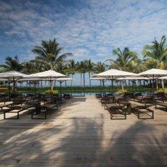 Отель Salinda Resort Phu Quoc Island гостиничный бар
