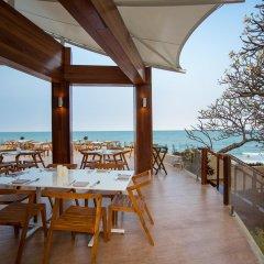 Отель Hilton Hua Hin Resort & Spa питание