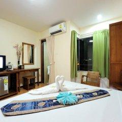 Отель NNC Patong Inn удобства в номере