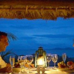 DoubleTree Resort by Hilton Hotel Fiji - Sonaisali Island питание фото 2