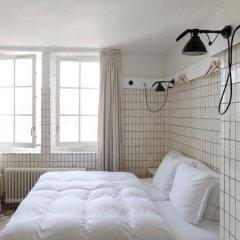 Отель Lloyd Hotel Нидерланды, Амстердам - 2 отзыва об отеле, цены и фото номеров - забронировать отель Lloyd Hotel онлайн ванная фото 3