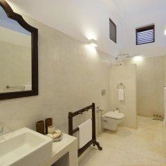 Отель Ambassador's House - an elite haven ванная фото 2