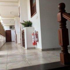 Отель Oasey Beach Resort Шри-Ланка, Бентота - отзывы, цены и фото номеров - забронировать отель Oasey Beach Resort онлайн интерьер отеля