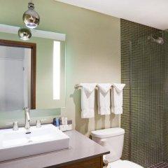 Отель Crowne Plaza Bloomington Msp Airport / Moa Блумингтон ванная фото 2