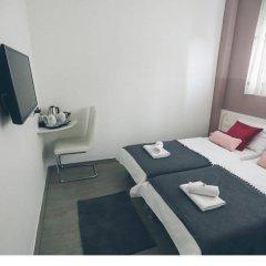 Отель LeBan Hotelicious Guesthouse сейф в номере