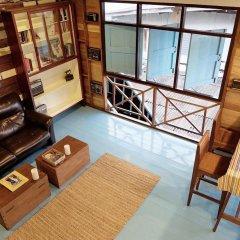 Отель Sor Vorapin Muay Thai Home Бангкок комната для гостей