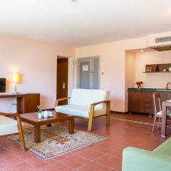 Happy Hotel Kalkan Турция, Калкан - отзывы, цены и фото номеров - забронировать отель Happy Hotel Kalkan онлайн комната для гостей фото 5