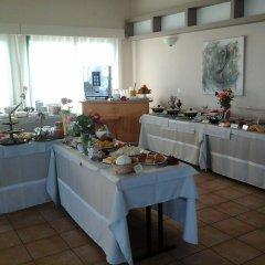 Natura Beach Hotel and Villas питание