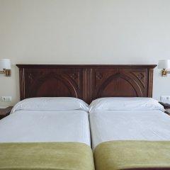 Отель Parador De Cangas De Onis Кангас-де-Онис сейф в номере