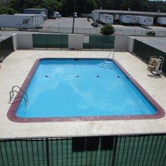 Отель Motel 6 Meridian Mississippi бассейн