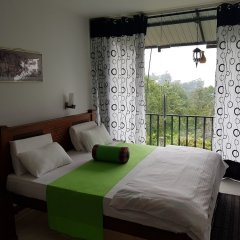 Отель Us Holiday Resort комната для гостей фото 5