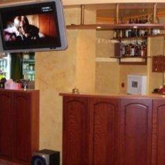 Отель Family Hotel Silvestar Болгария, Велико Тырново - отзывы, цены и фото номеров - забронировать отель Family Hotel Silvestar онлайн гостиничный бар