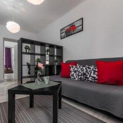 Отель Little Home - Henry Польша, Варшава - отзывы, цены и фото номеров - забронировать отель Little Home - Henry онлайн комната для гостей фото 2