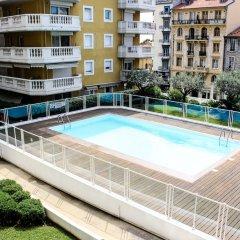 Отель Un Air d'été Франция, Ницца - отзывы, цены и фото номеров - забронировать отель Un Air d'été онлайн бассейн