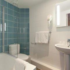 Отель Est Hôtel Париж ванная фото 2