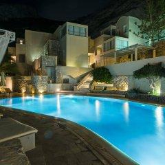 Hotel Antinea Suites & SPA бассейн
