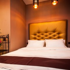 Гостиница Leo Hotel в Москве 12 отзывов об отеле, цены и фото номеров - забронировать гостиницу Leo Hotel онлайн Москва комната для гостей фото 7