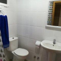 Отель Perla I Pseo Marítimo Fuengirola Испания, Фуэнхирола - отзывы, цены и фото номеров - забронировать отель Perla I Pseo Marítimo Fuengirola онлайн ванная