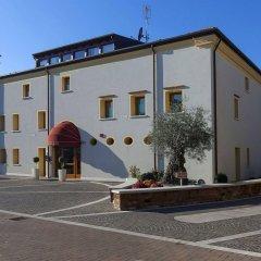 Отель Albergo Antica Corte Marchesini Италия, Кампанья-Лупия - 1 отзыв об отеле, цены и фото номеров - забронировать отель Albergo Antica Corte Marchesini онлайн парковка