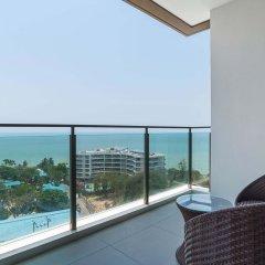Отель Baan Plai Haad by Favstay Паттайя балкон