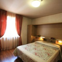 Отель Roma Италия, Аоста - отзывы, цены и фото номеров - забронировать отель Roma онлайн комната для гостей фото 3