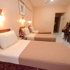OYO 166 Melody Queen Hotel Дубай комната для гостей фото 3