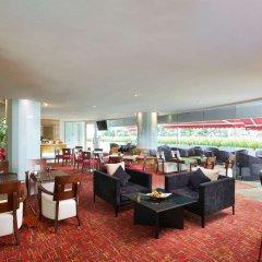 Village Hotel Changi гостиничный бар
