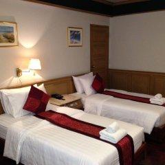 Отель Suda Palace Бангкок комната для гостей