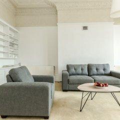 Апартаменты Spacious 1BR Period Apartment Hampstead Лондон комната для гостей фото 2