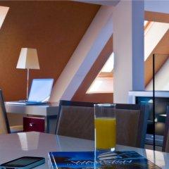 Отель Mamaison Residence Diana Польша, Варшава - 1 отзыв об отеле, цены и фото номеров - забронировать отель Mamaison Residence Diana онлайн гостиничный бар