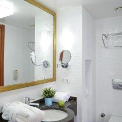Occidental Pera Istanbul Турция, Стамбул - 2 отзыва об отеле, цены и фото номеров - забронировать отель Occidental Pera Istanbul онлайн ванная