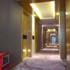 Xindi Hotel сейф в номере