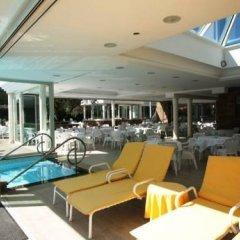 Отель Tritone Terme Италия, Абано-Терме - отзывы, цены и фото номеров - забронировать отель Tritone Terme онлайн бассейн