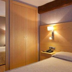 Отель Sant Agusti Барселона комната для гостей фото 2