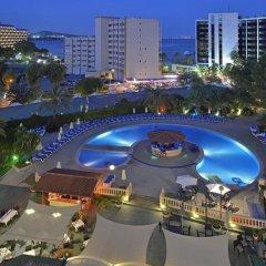 Отель Sol Lunamar Apartamentos - Adults Only бассейн