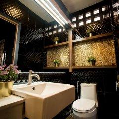Отель Cloud On Saladaeng Бангкок ванная