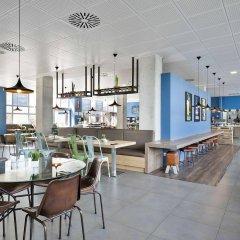 Отель Tryp Madrid Airport Suites гостиничный бар