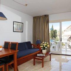 Отель Apartamentos Roc Portonova комната для гостей