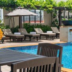 Отель The Sukosol Бангкок бассейн фото 2