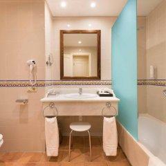 Отель Costa Conil Кониль-де-ла-Фронтера ванная