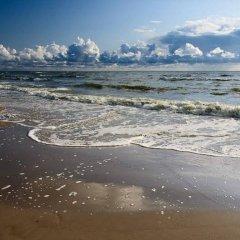 Отель Tako Baras Литва, Клайпеда - 1 отзыв об отеле, цены и фото номеров - забронировать отель Tako Baras онлайн пляж фото 2