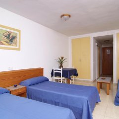Отель Econotel Las Palomas Apartments Испания, Магалуф - отзывы, цены и фото номеров - забронировать отель Econotel Las Palomas Apartments онлайн комната для гостей