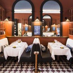 Отель Cocorico Luxury Guest House Порту гостиничный бар