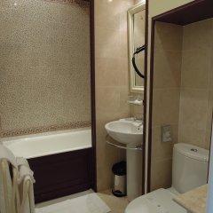 Отель Chateau De Verrieres & Spa - Saumur Франция, Сомюр - отзывы, цены и фото номеров - забронировать отель Chateau De Verrieres & Spa - Saumur онлайн ванная фото 2