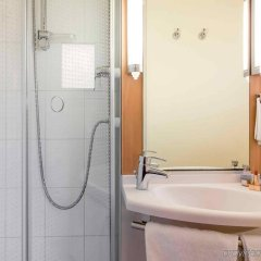 Отель Ibis Toulouse Centre Франция, Тулуза - отзывы, цены и фото номеров - забронировать отель Ibis Toulouse Centre онлайн ванная
