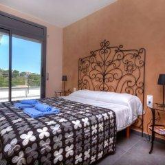 Отель Casa Cap Ras - Four Bedroom Испания, Льянса - отзывы, цены и фото номеров - забронировать отель Casa Cap Ras - Four Bedroom онлайн комната для гостей фото 3