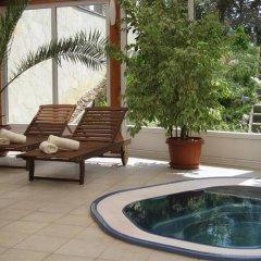 Hotel Sante бассейн