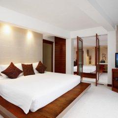 Отель La Flora Resort Patong сейф в номере