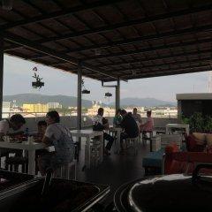 Отель Recenta Express Phuket Town Пхукет гостиничный бар